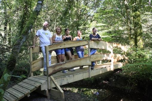 L'équipe européenne de volontaires pour l'environnement passe l'été à la Station biologique de Paimpont !