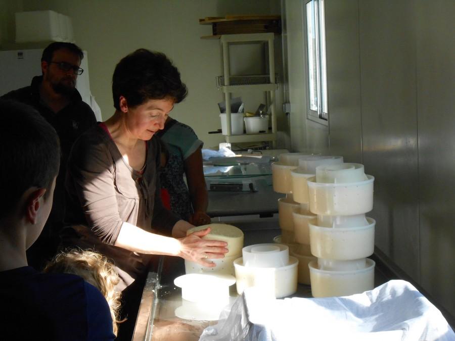 [Défi Familles Zéro déchet] Visite à la ferme du Kleuz et atelier yaourts à Plounéour-Ménez