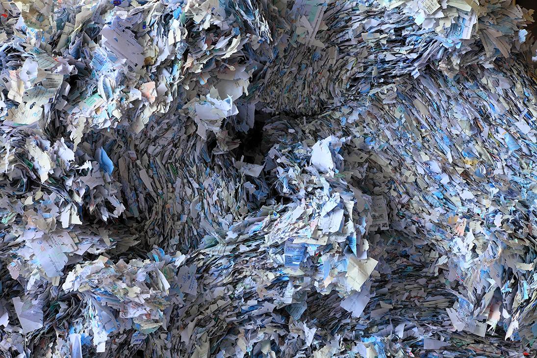 RENNES (35) « Économie circulaire ou l'art d'accommoder les restes… ». Le photographe Alain Darré expose au Diapason.
