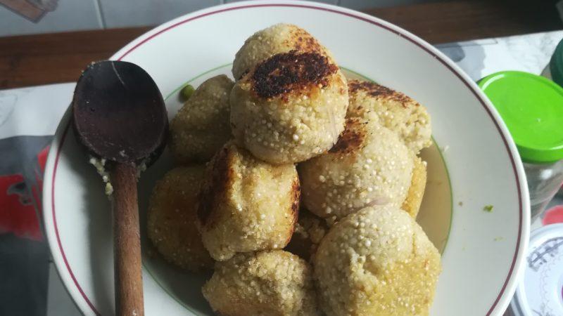 Boulettes semoule/quinoa et échalotes
