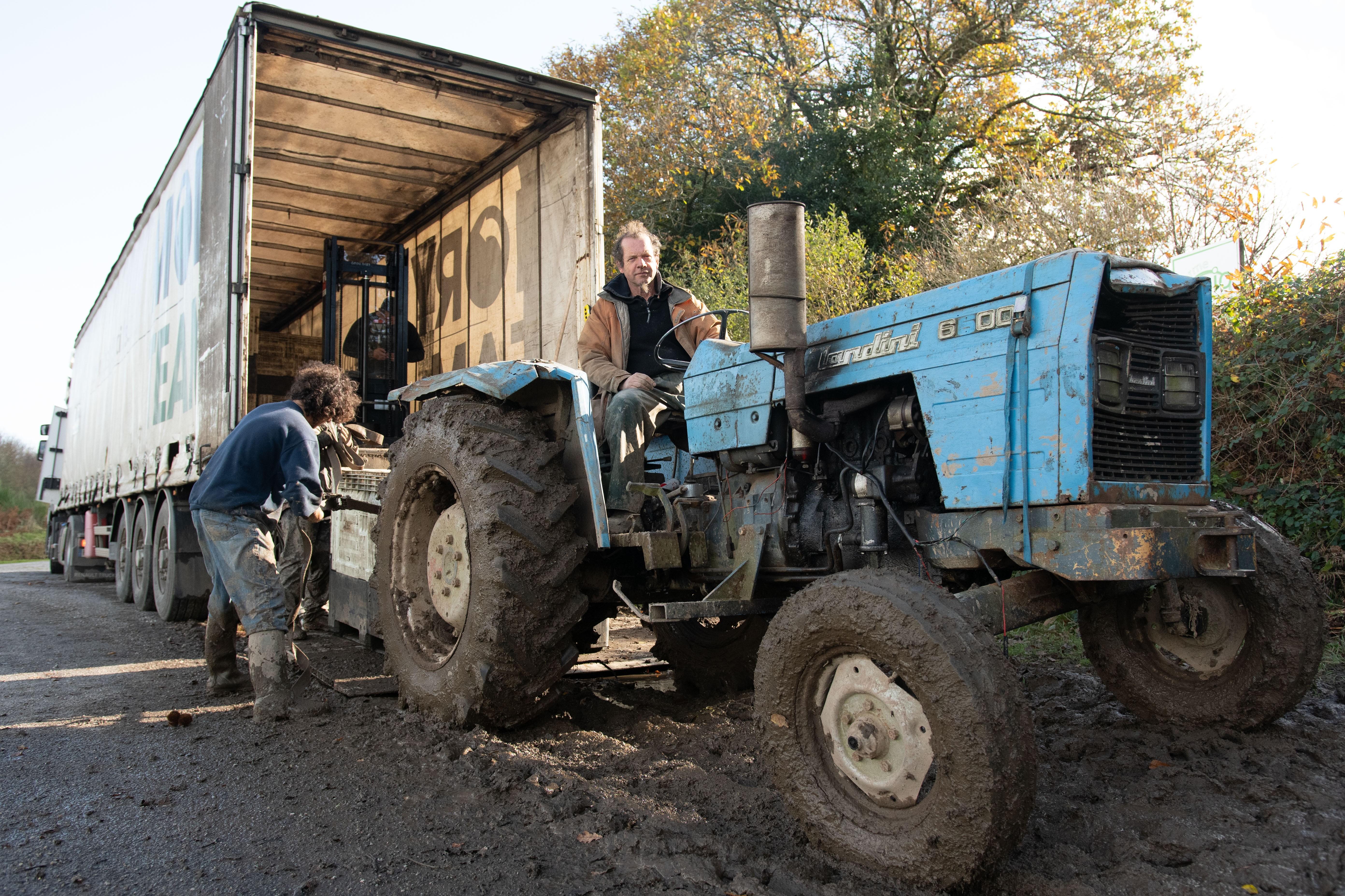 Un tracteur pour le Bois du Barde